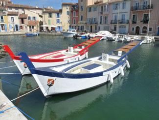 Livraison de deux bateaux de joutes provençale pour la ville de Martigues